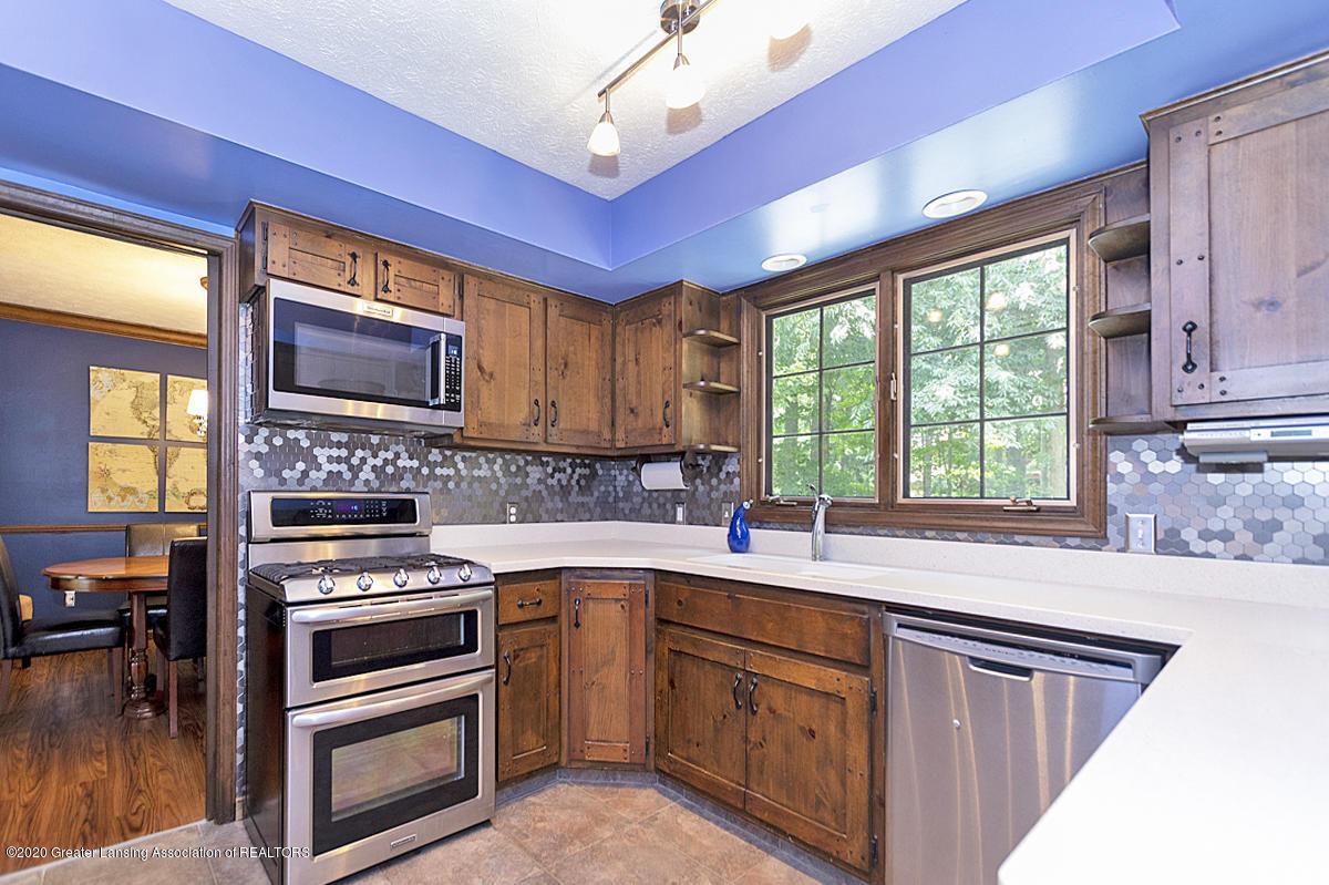 3830 Binghampton Dr - Kitchen - 13