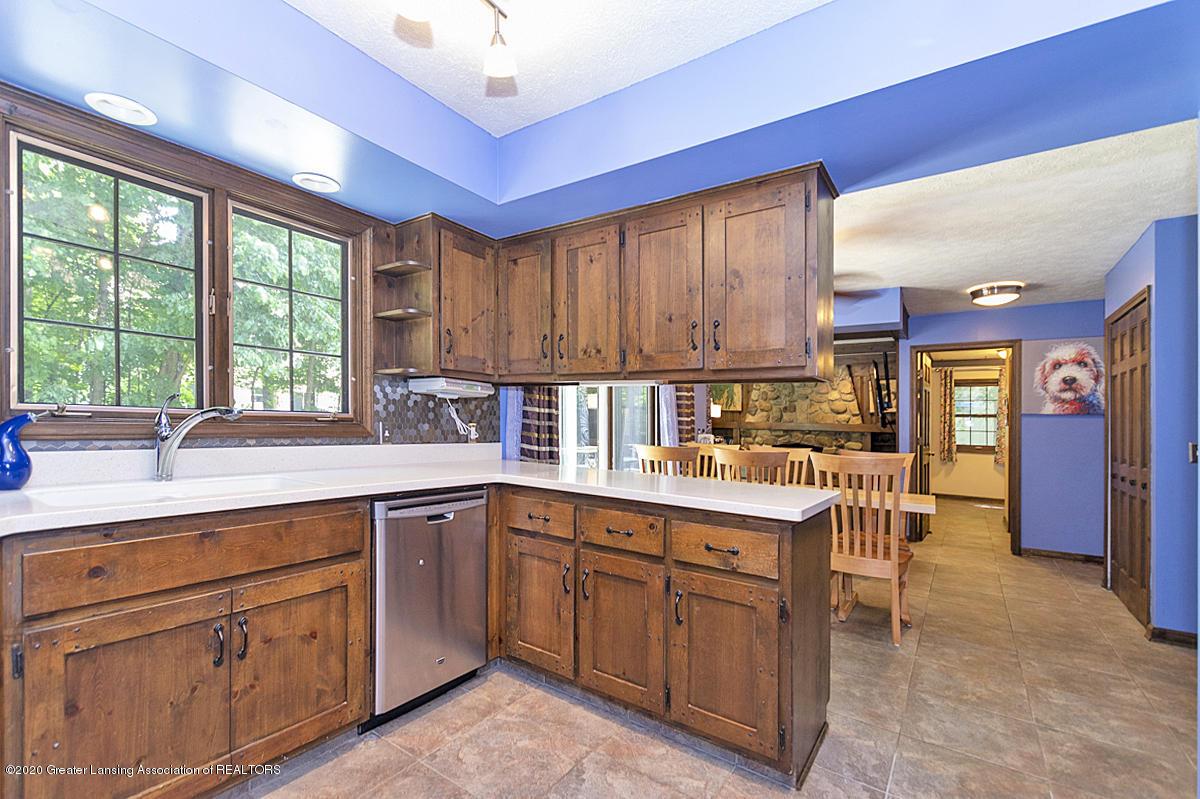 3830 Binghampton Dr - Kitchen - 15