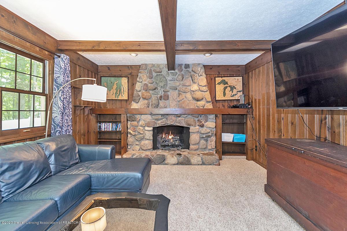 3830 Binghampton Dr - Family Room - 19