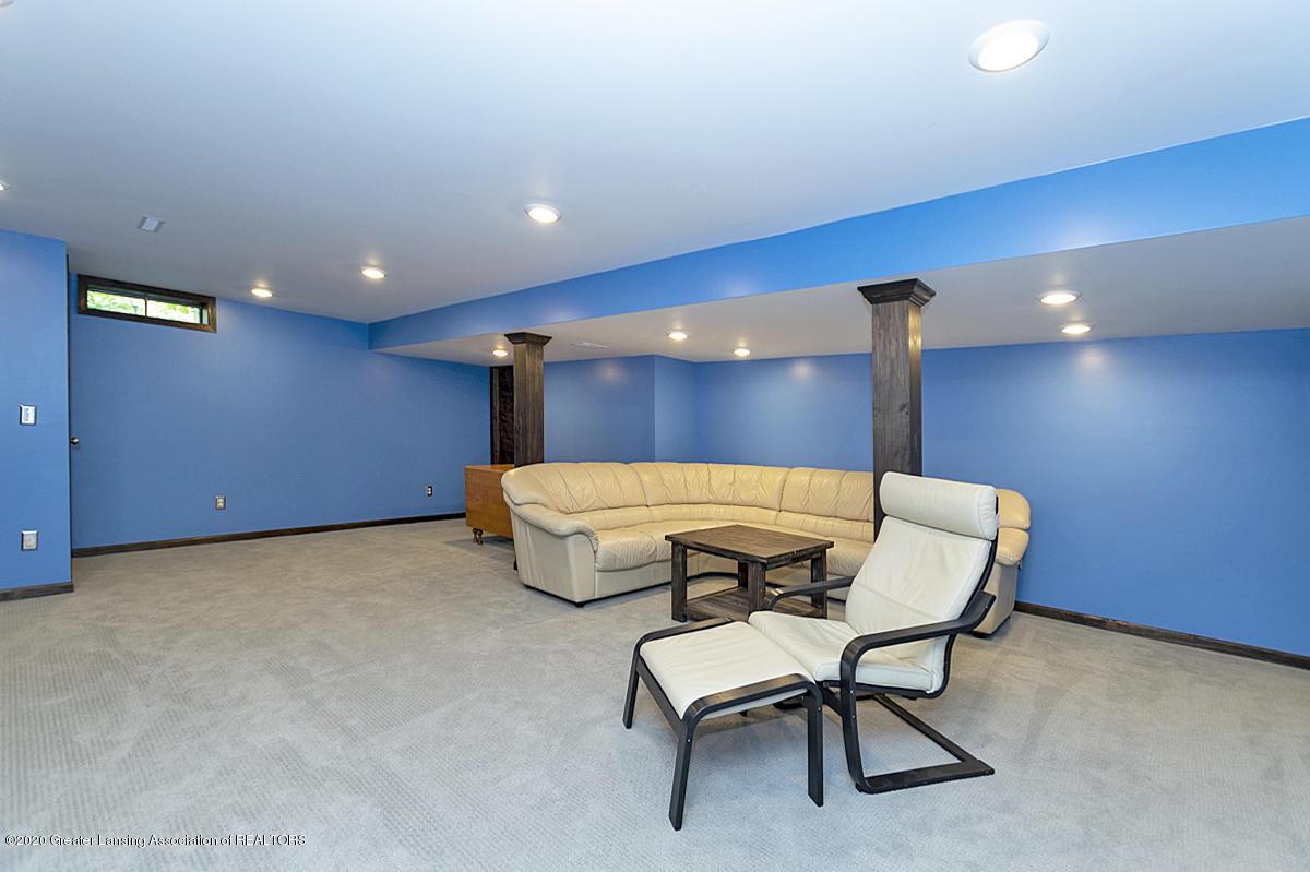3830 Binghampton Dr - Lower Level Family Room - 32