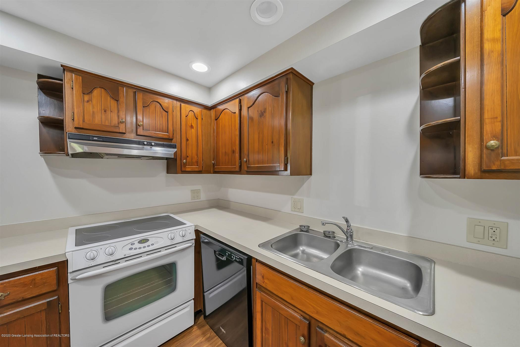 6750 W Lovejoy Rd - (9) 6750 Lovejoy Kitchen - 9