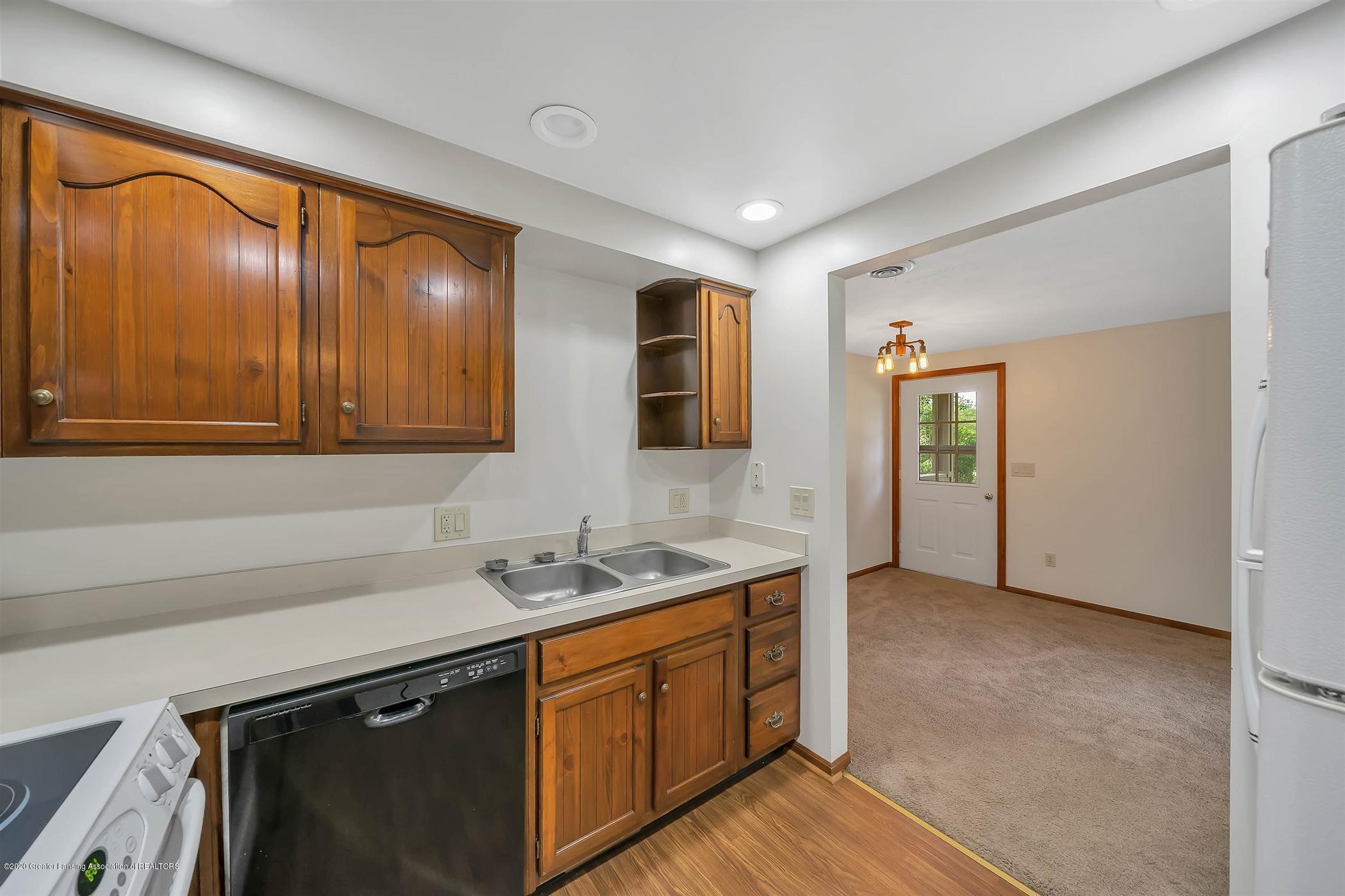 6750 W Lovejoy Rd - (10) 6750 Lovejoy Kitchen - 10