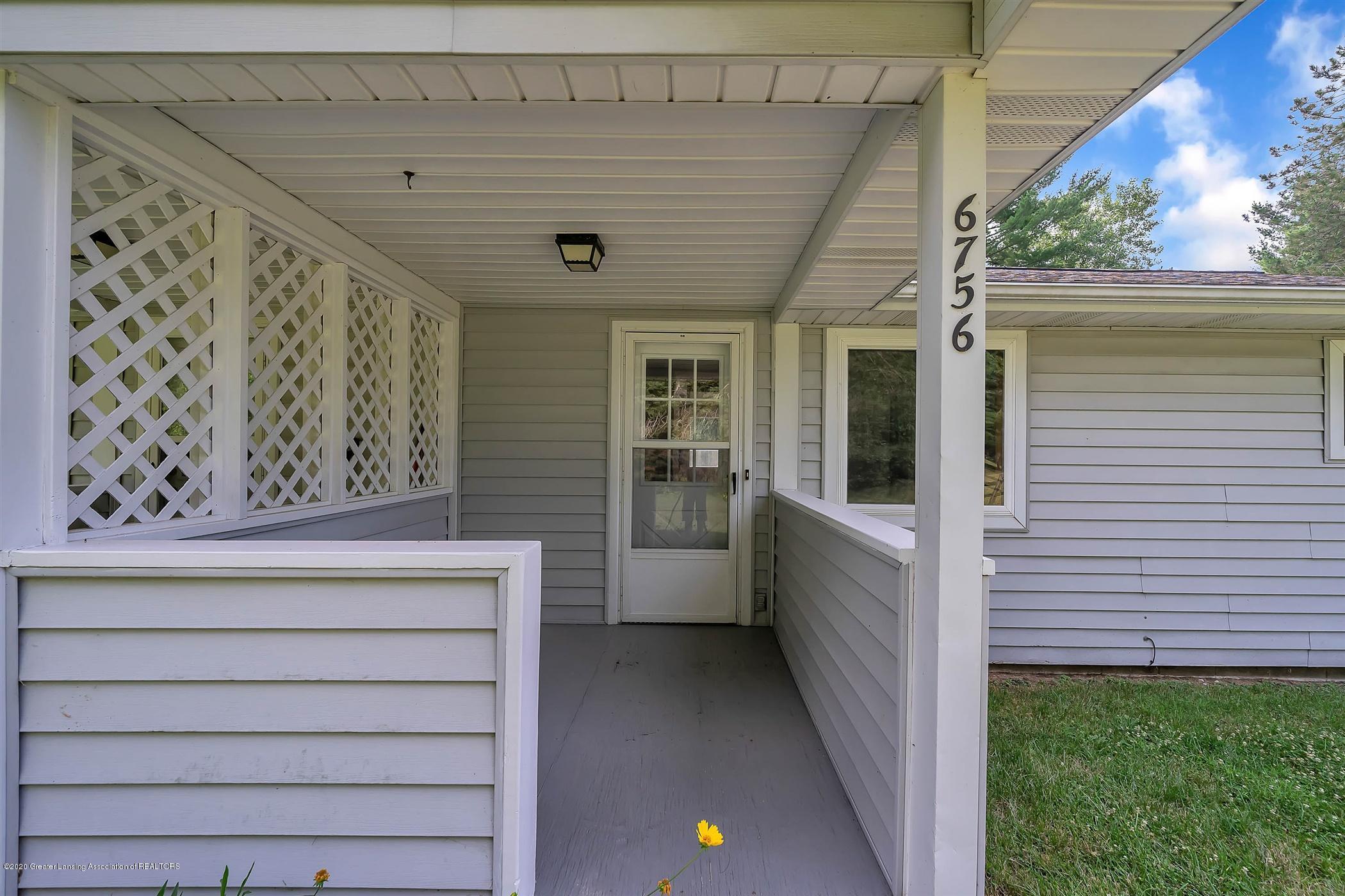 6750 W Lovejoy Rd - (20) 6756 Lovejoy Front Porch - 20