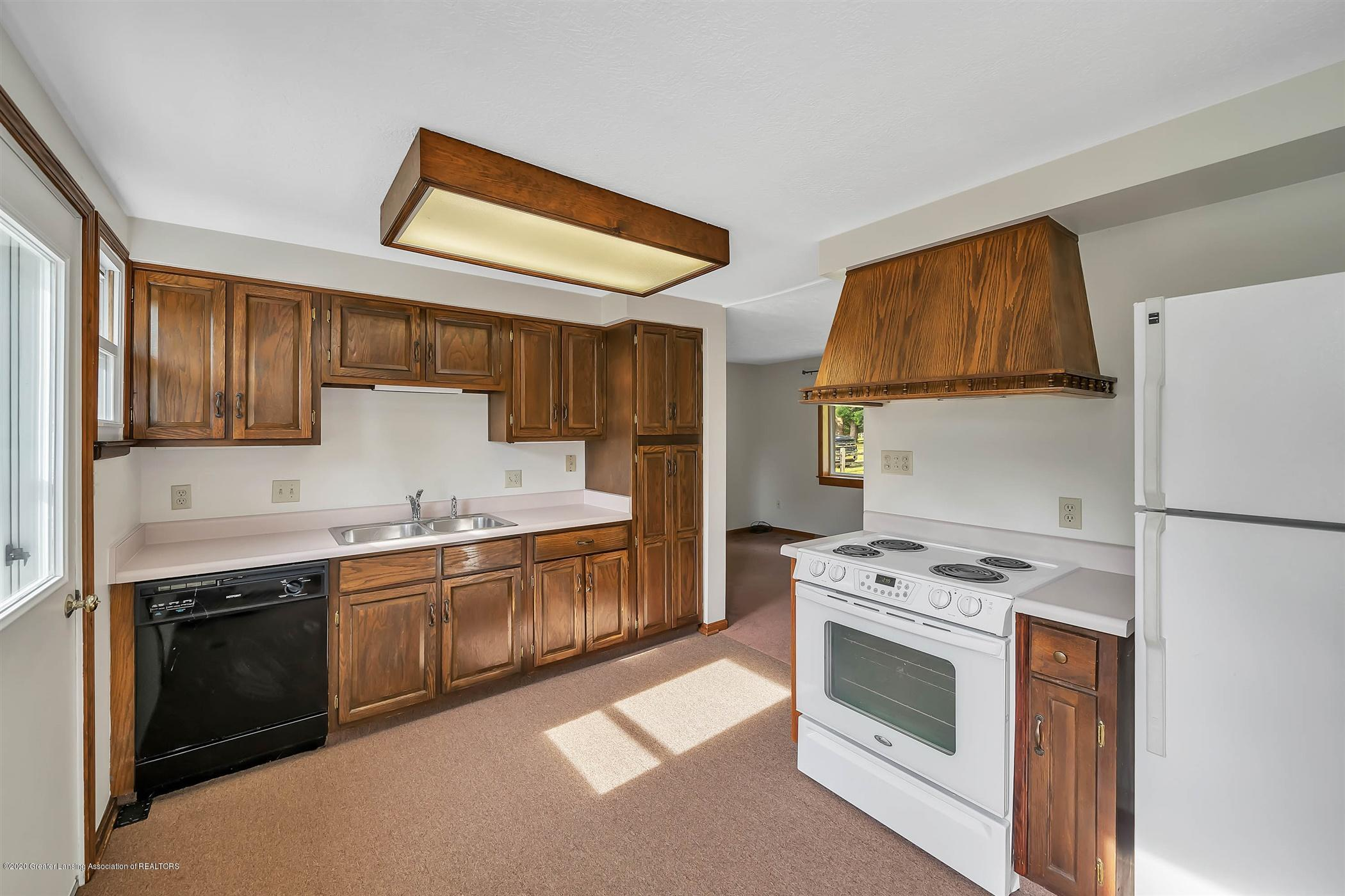 6750 W Lovejoy Rd - (23) 6756 Lovejoy Kitchen - 23