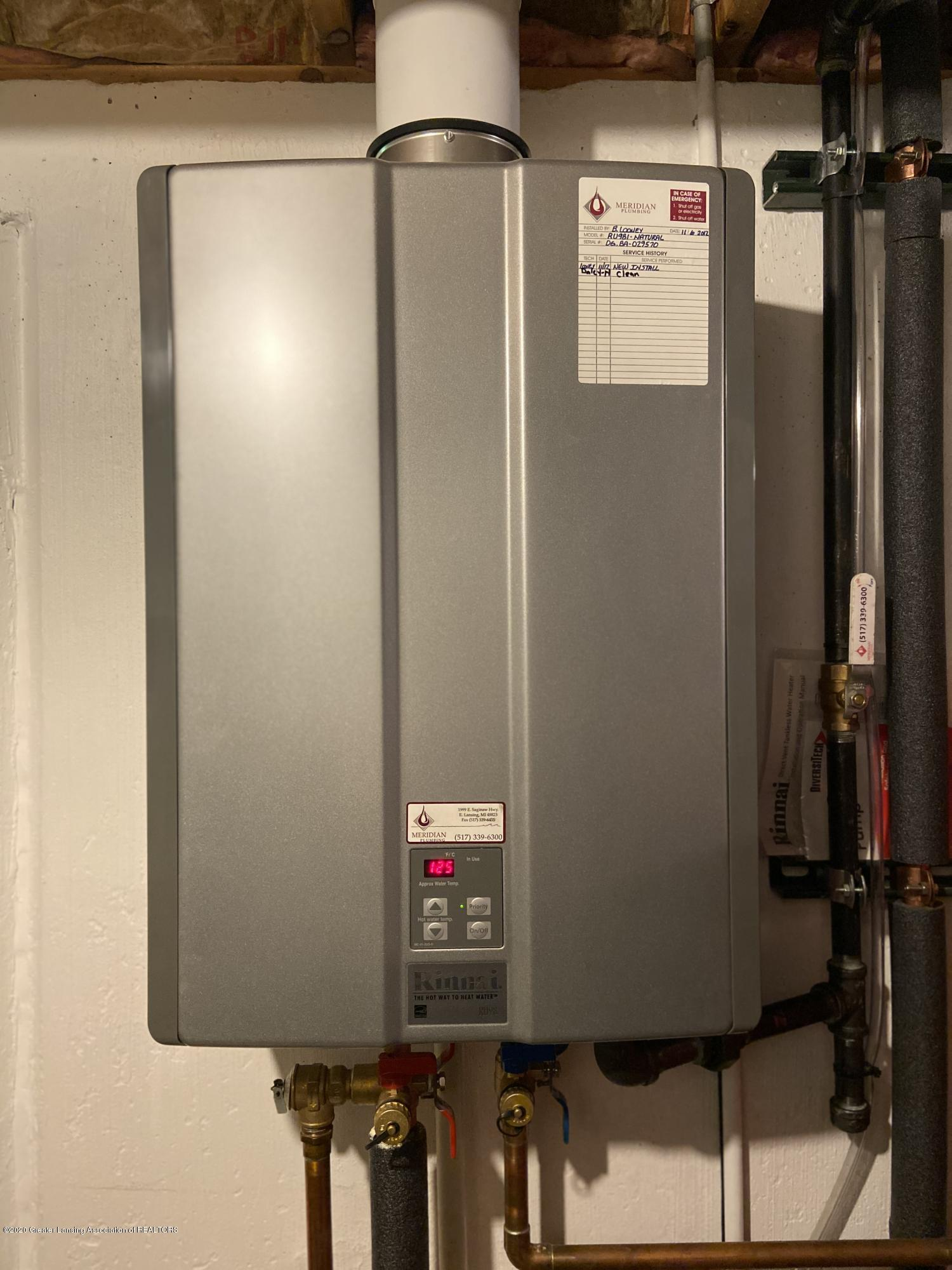3830 Binghampton Dr - Tankless Water Heater - 38