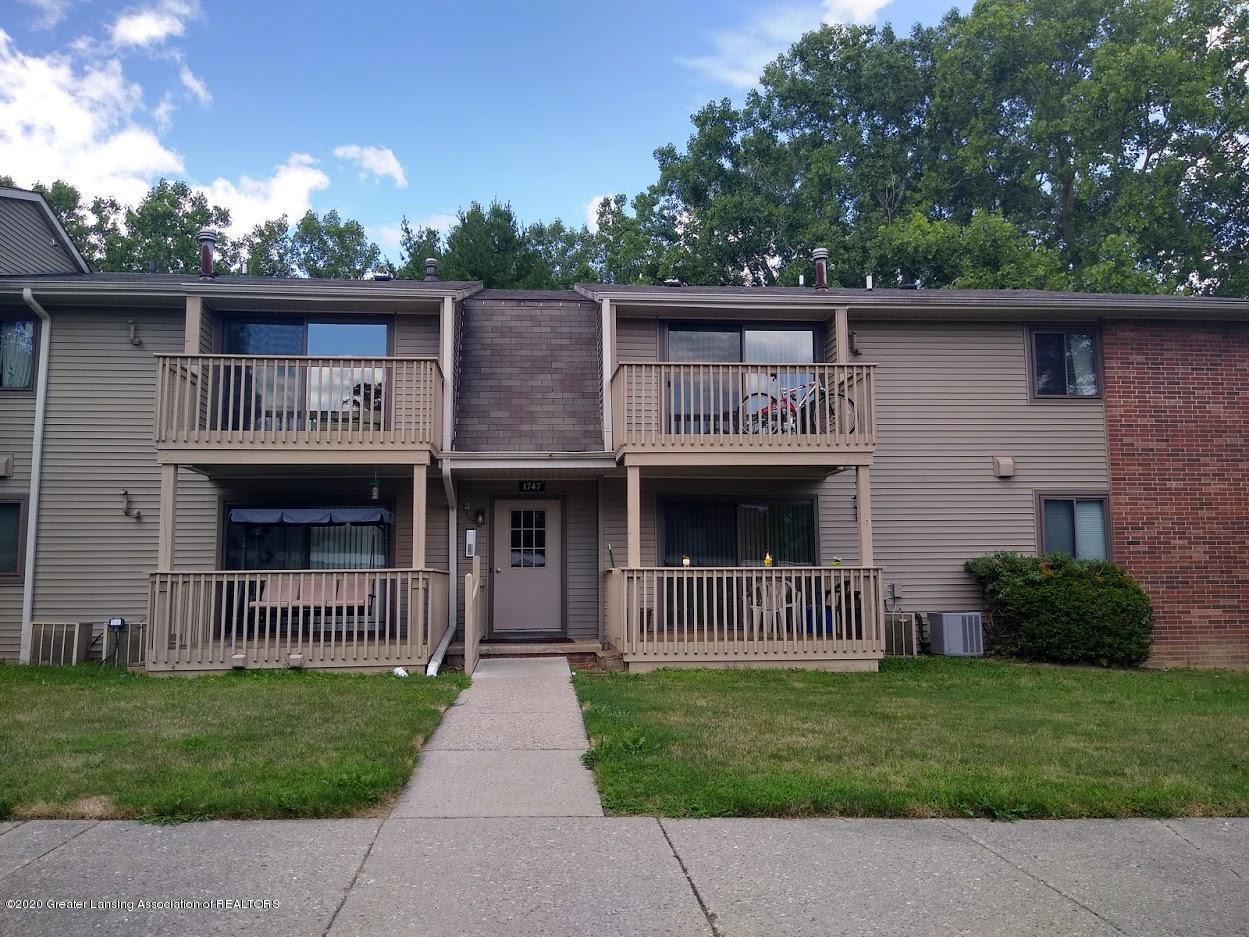 1747 Maple Ridge Rd - Front View - 30