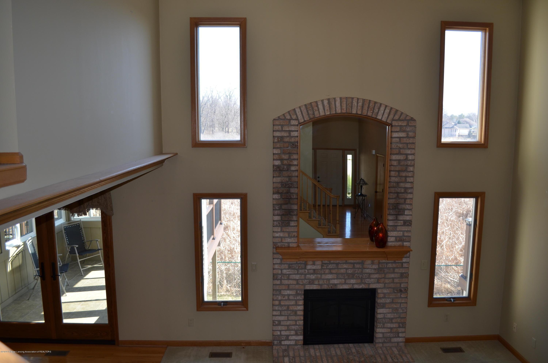 2349 Barnsbury Rd - 2 Story Livingroom - 5