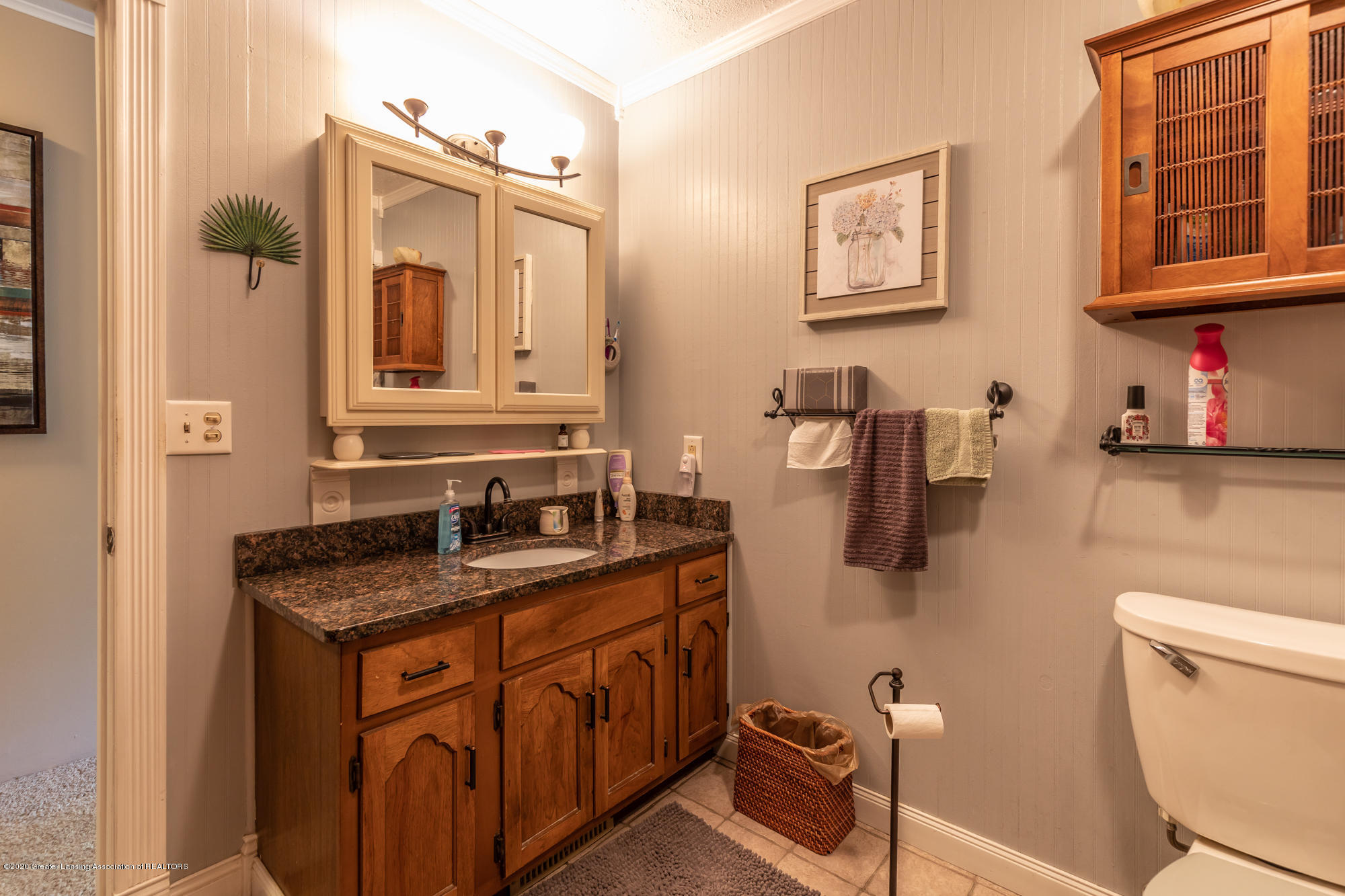 15986 Forest Hill Rd - foresthillbath3 (1 of 1) - 22