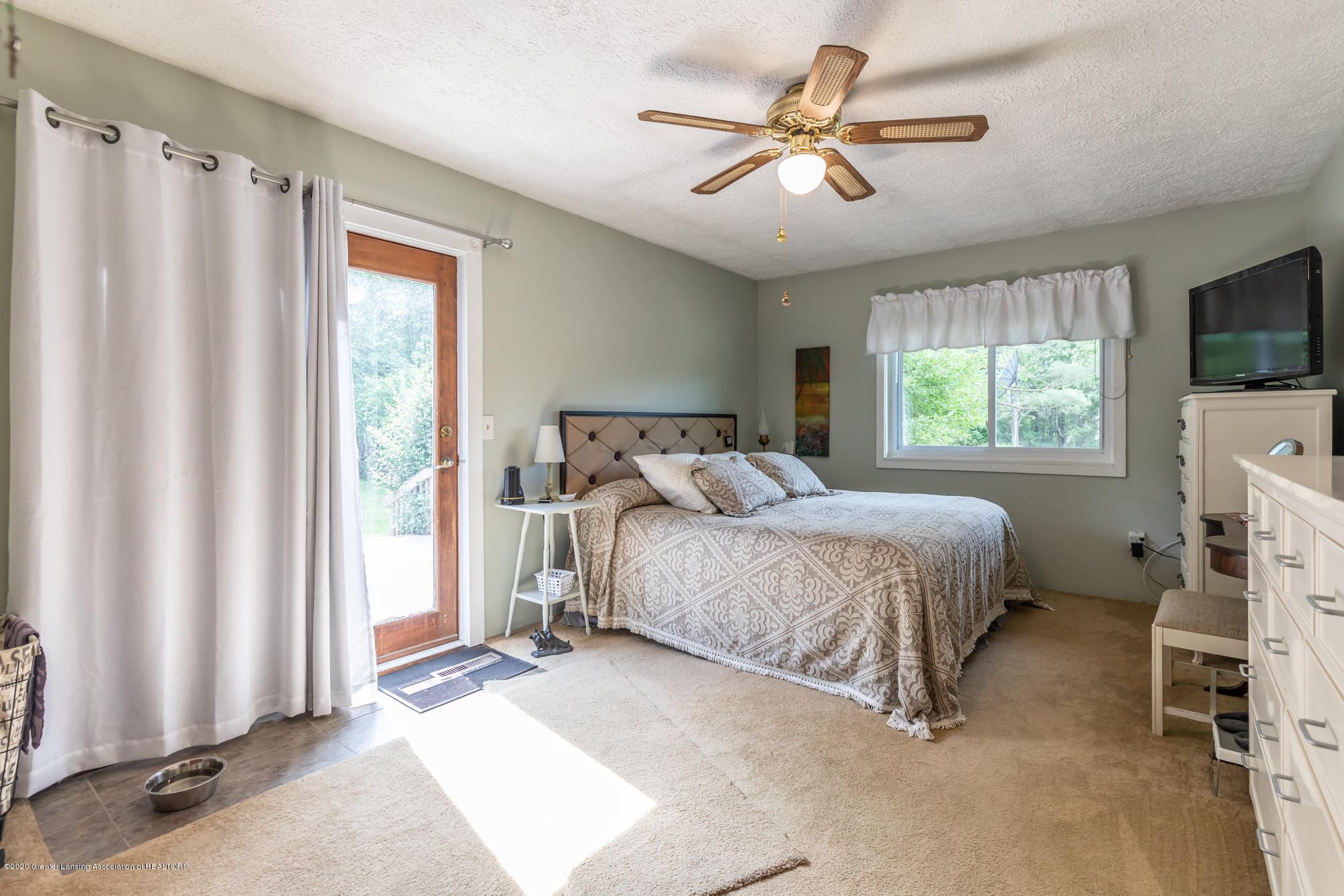 15986 Forest Hill Rd - foresthillbed2 (1 of 1) - 20