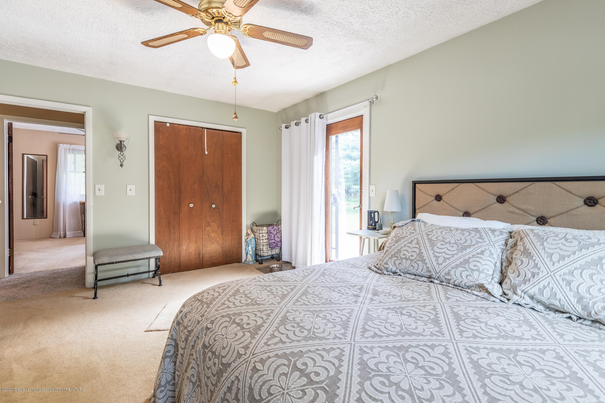 15986 Forest Hill Rd - foresthillbed21 (1 of 1) - 21