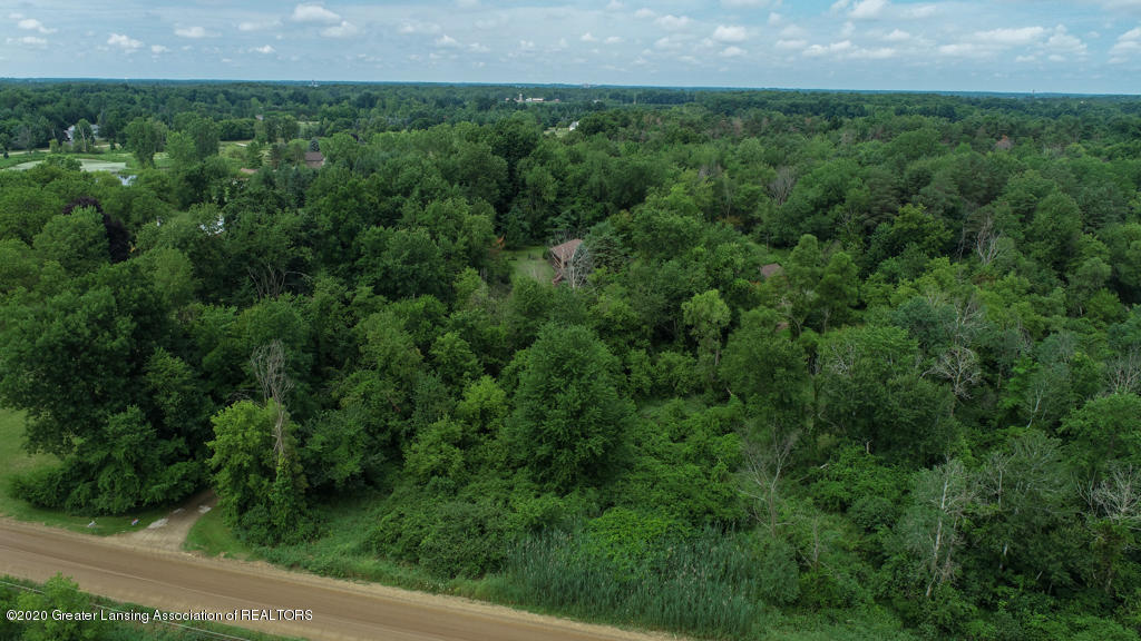 15986 Forest Hill Rd - 15986 Forest Hills - Grand Ledge-05 - 41