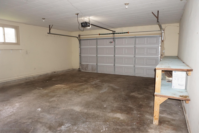 1141 Haslett Rd - 2 Car Garage - 14