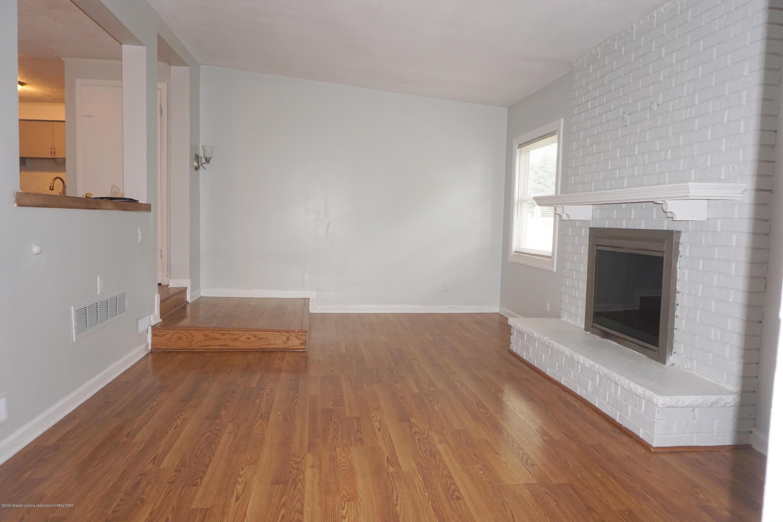 1141 Haslett Rd - Family Room - 6
