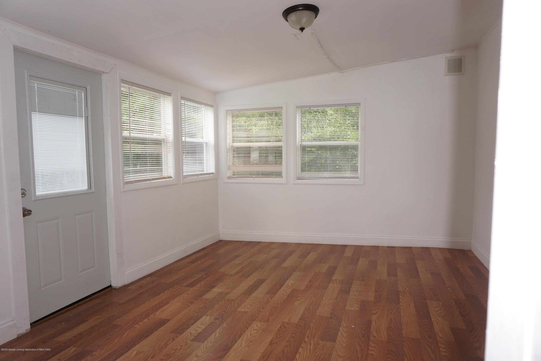 1141 Haslett Rd - Three Seasons room - 7