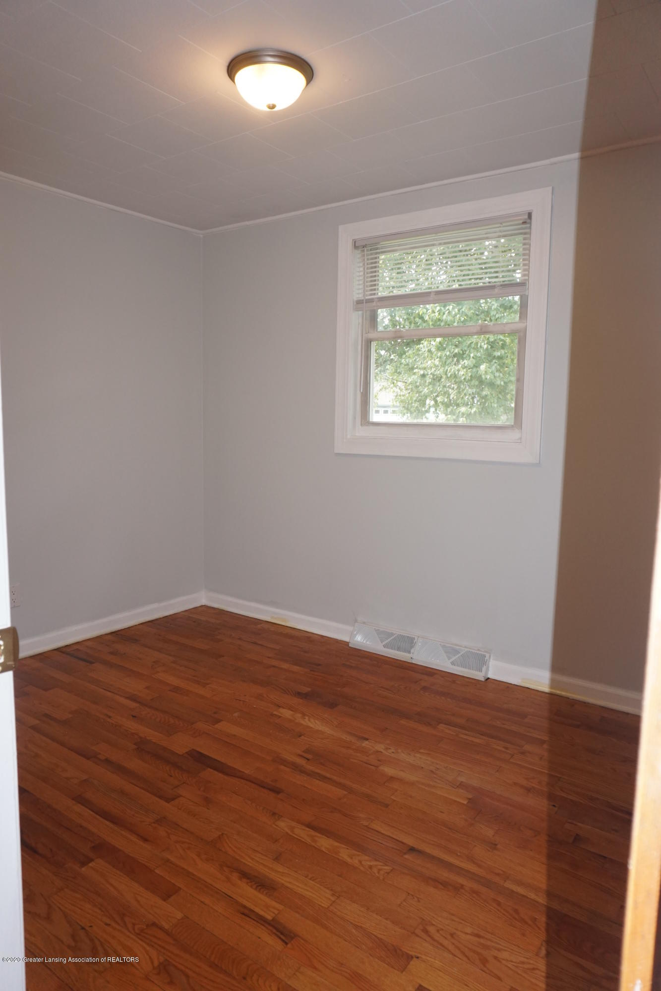 1141 Haslett Rd - Bedroom 3 - 12