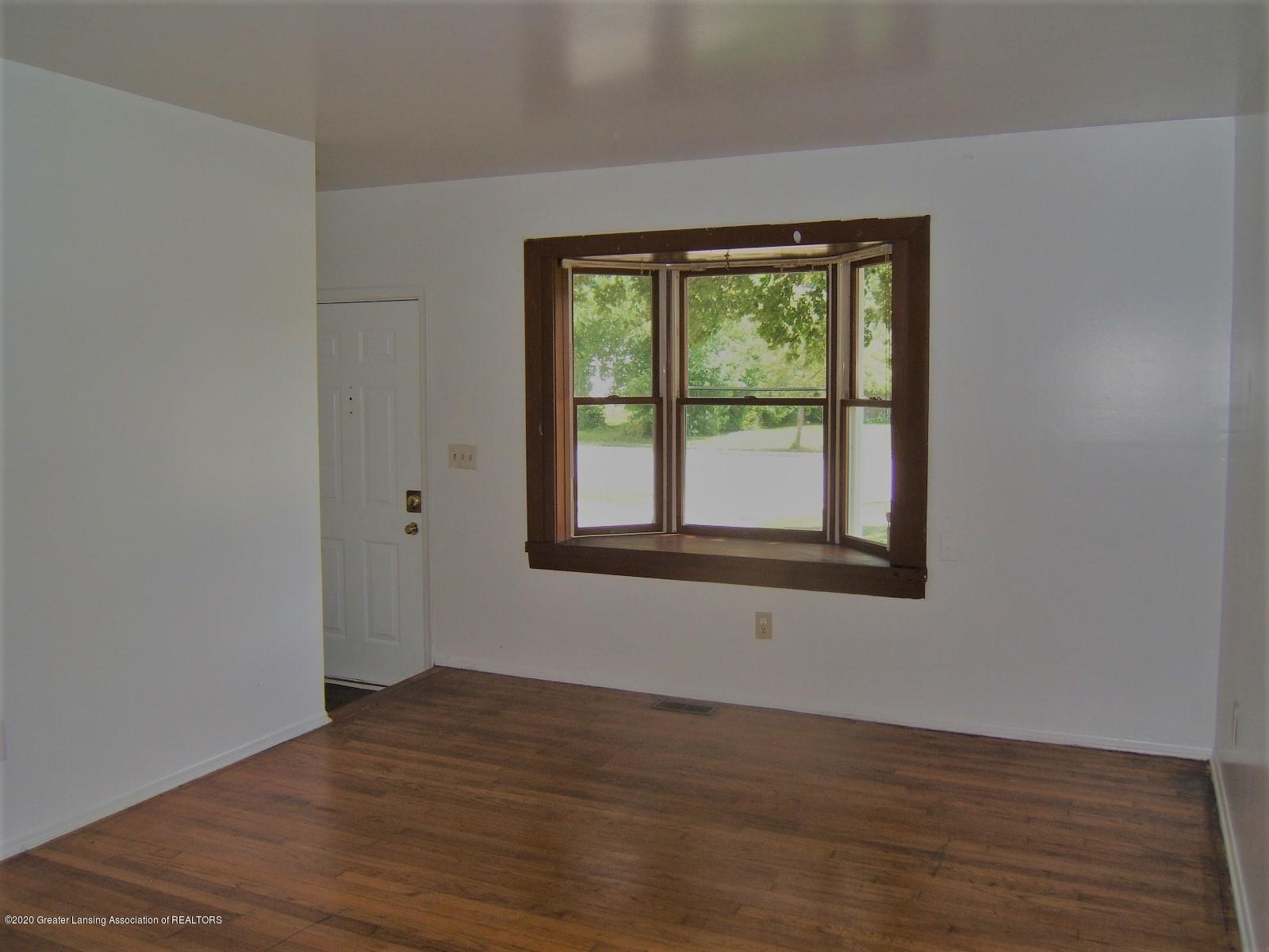 3208 W Jolly Rd - Living Room - 3