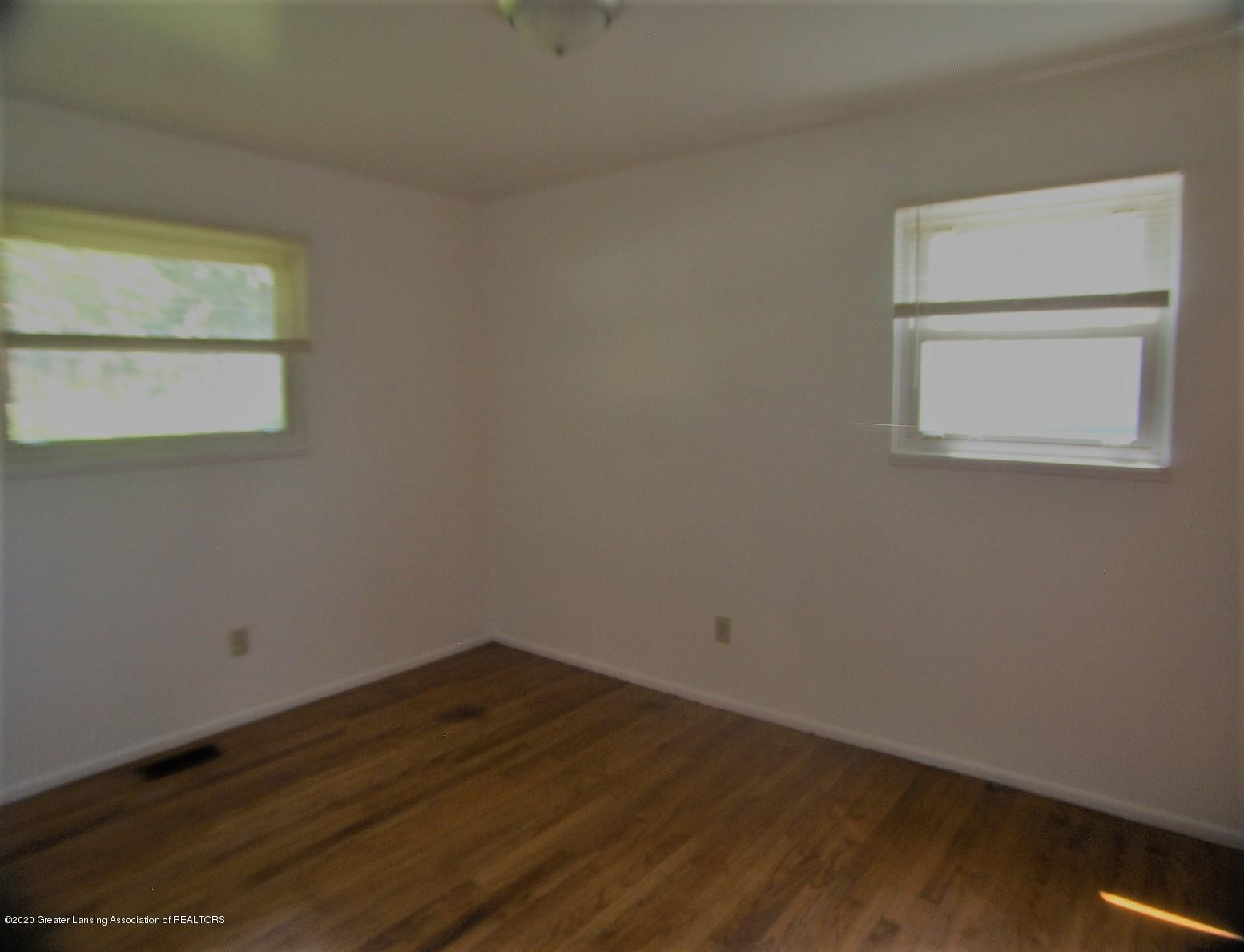 3208 W Jolly Rd - Bedroom 2 - 11