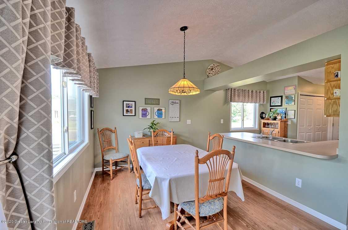 4402 Hyacinth Ln - Dining Room - 6