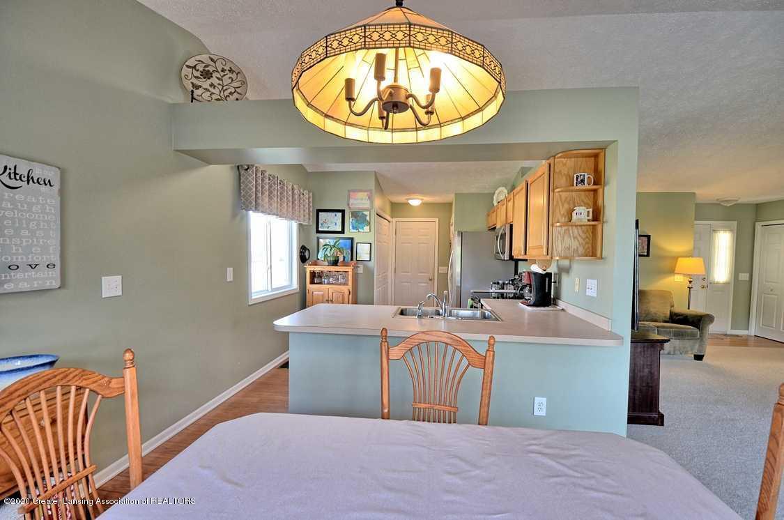 4402 Hyacinth Ln - Dining Room - 7