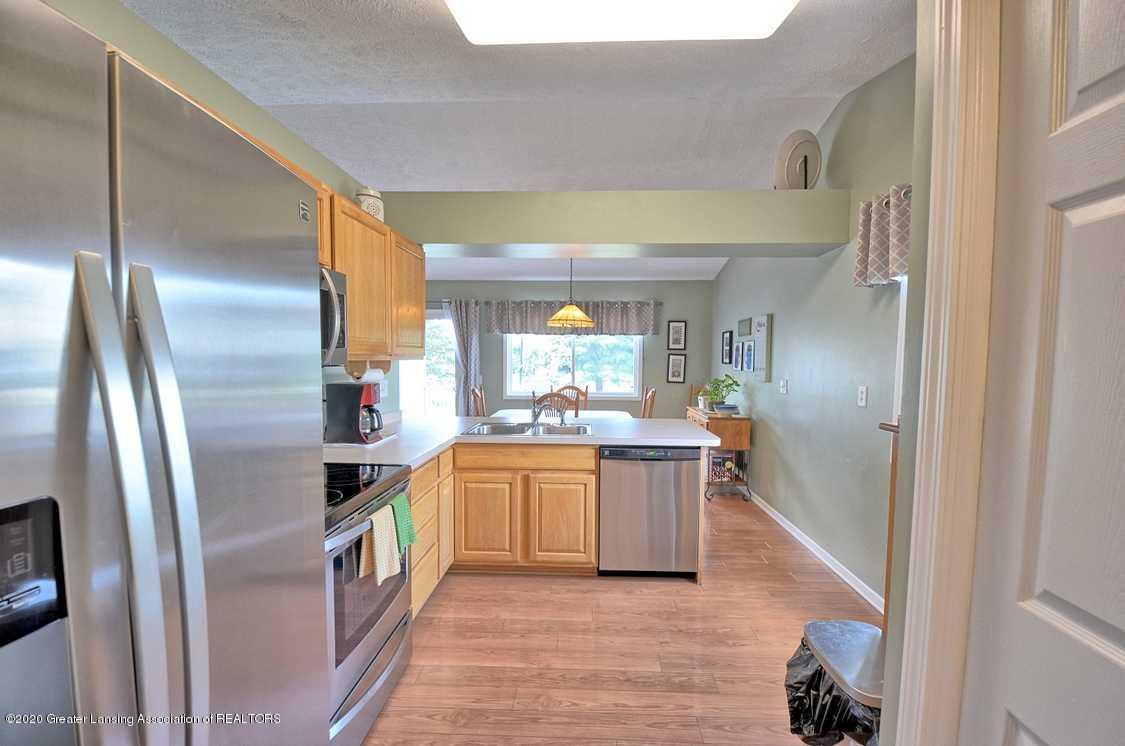 4402 Hyacinth Ln - Kitchen - 10