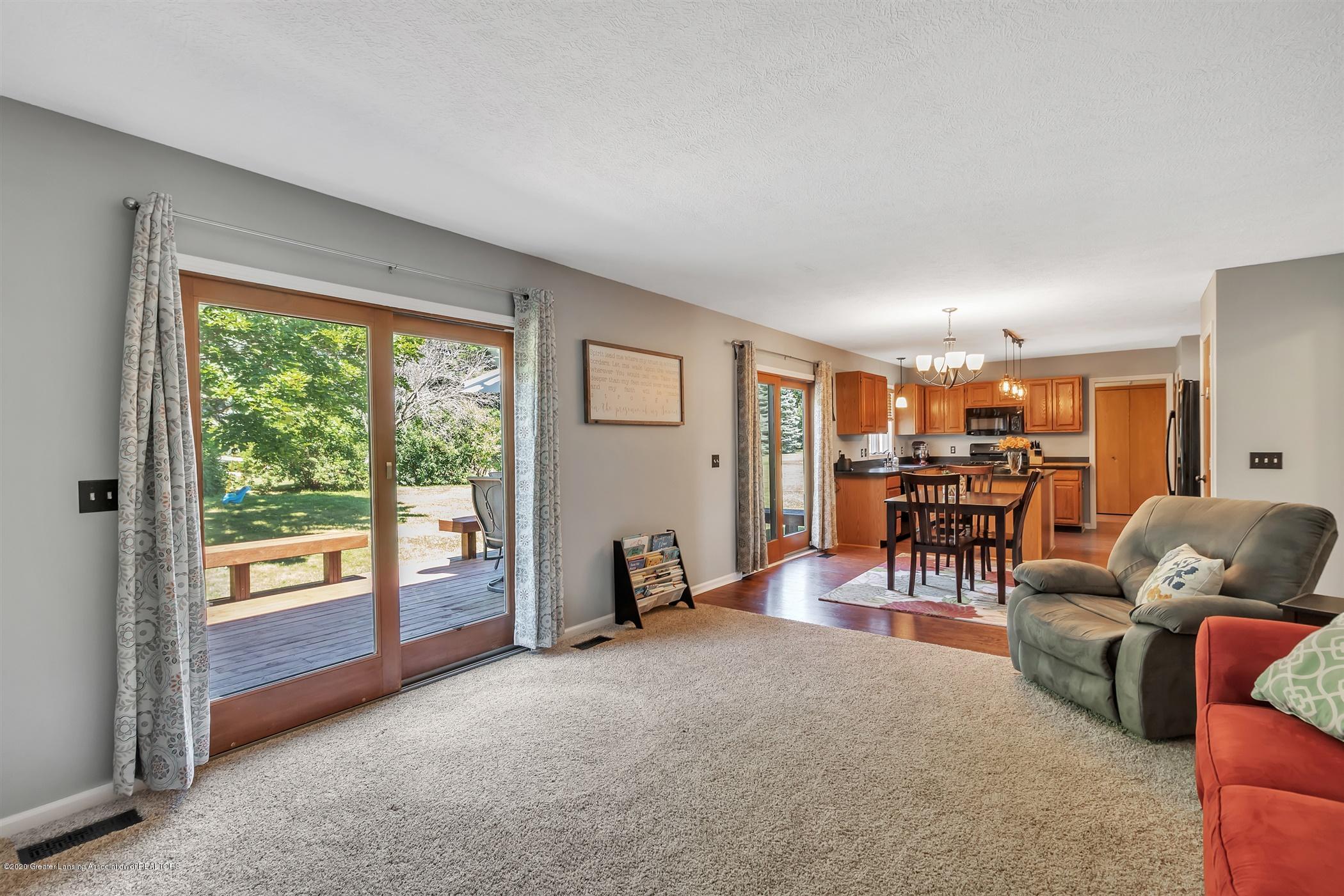 3820 Bush Gardens Ln - Living Room - 15
