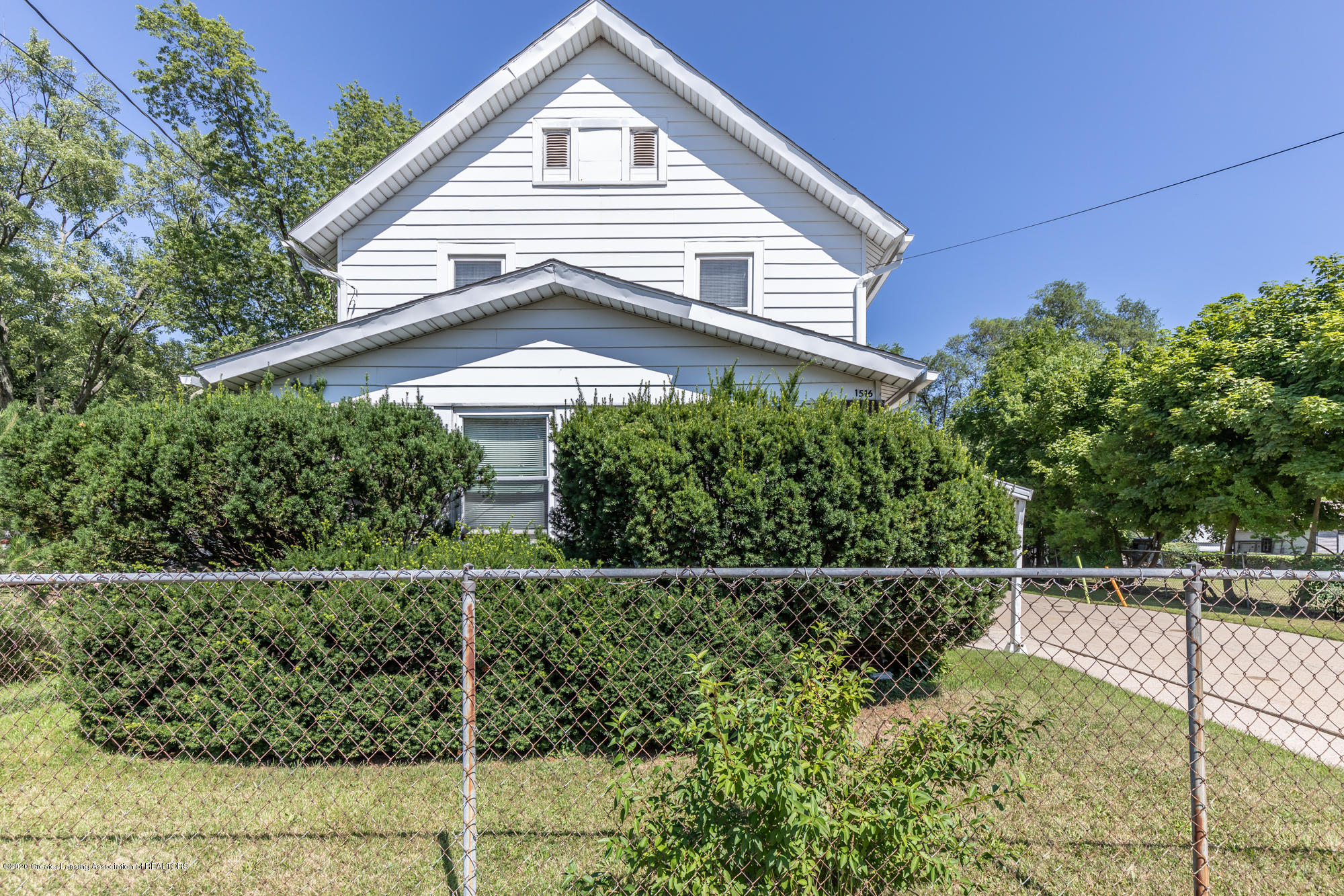 1516 Vermont Ave - vermontfront2(1of1) - 26