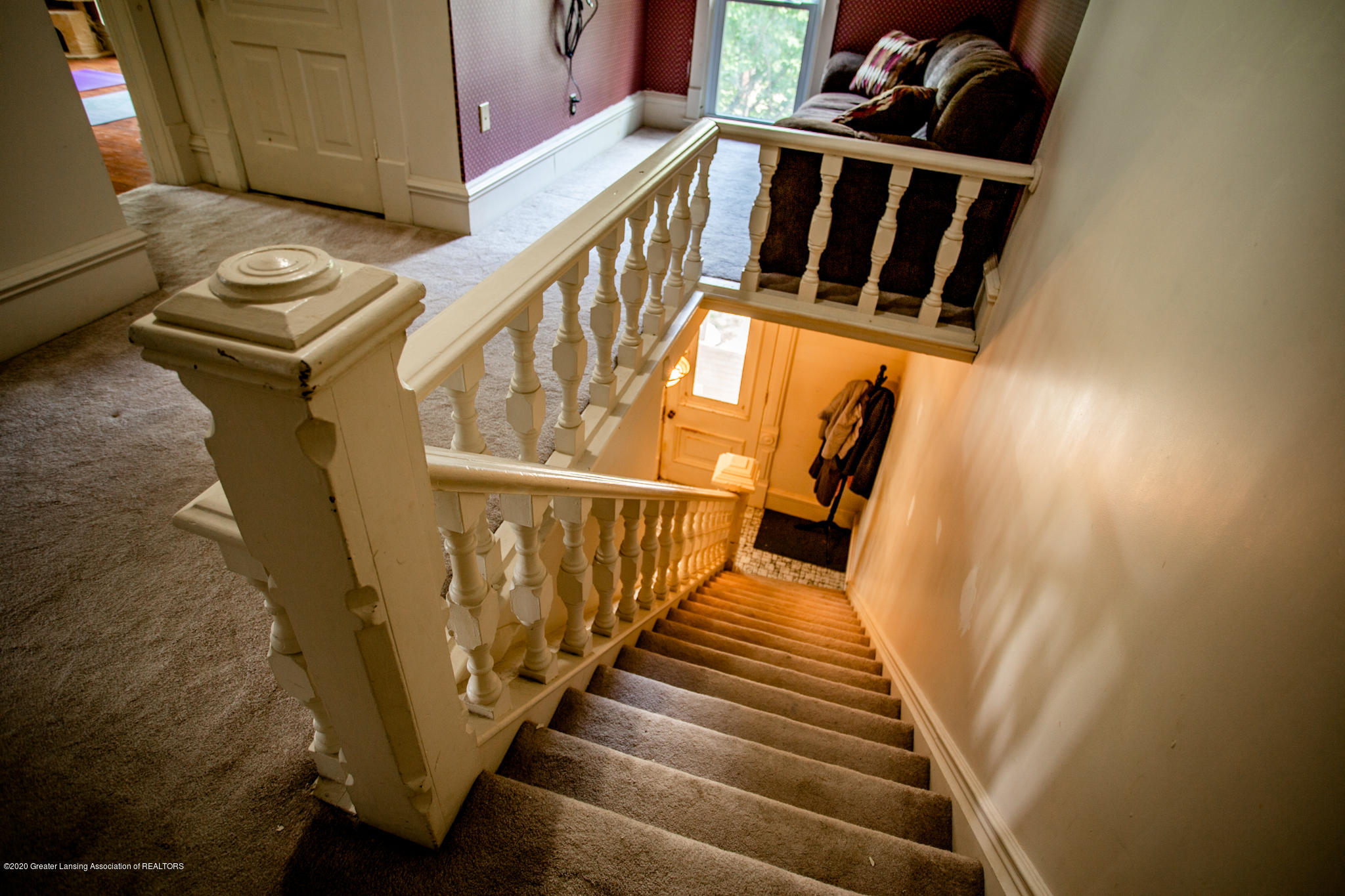 116 S Clinton St - Stairwell - 17