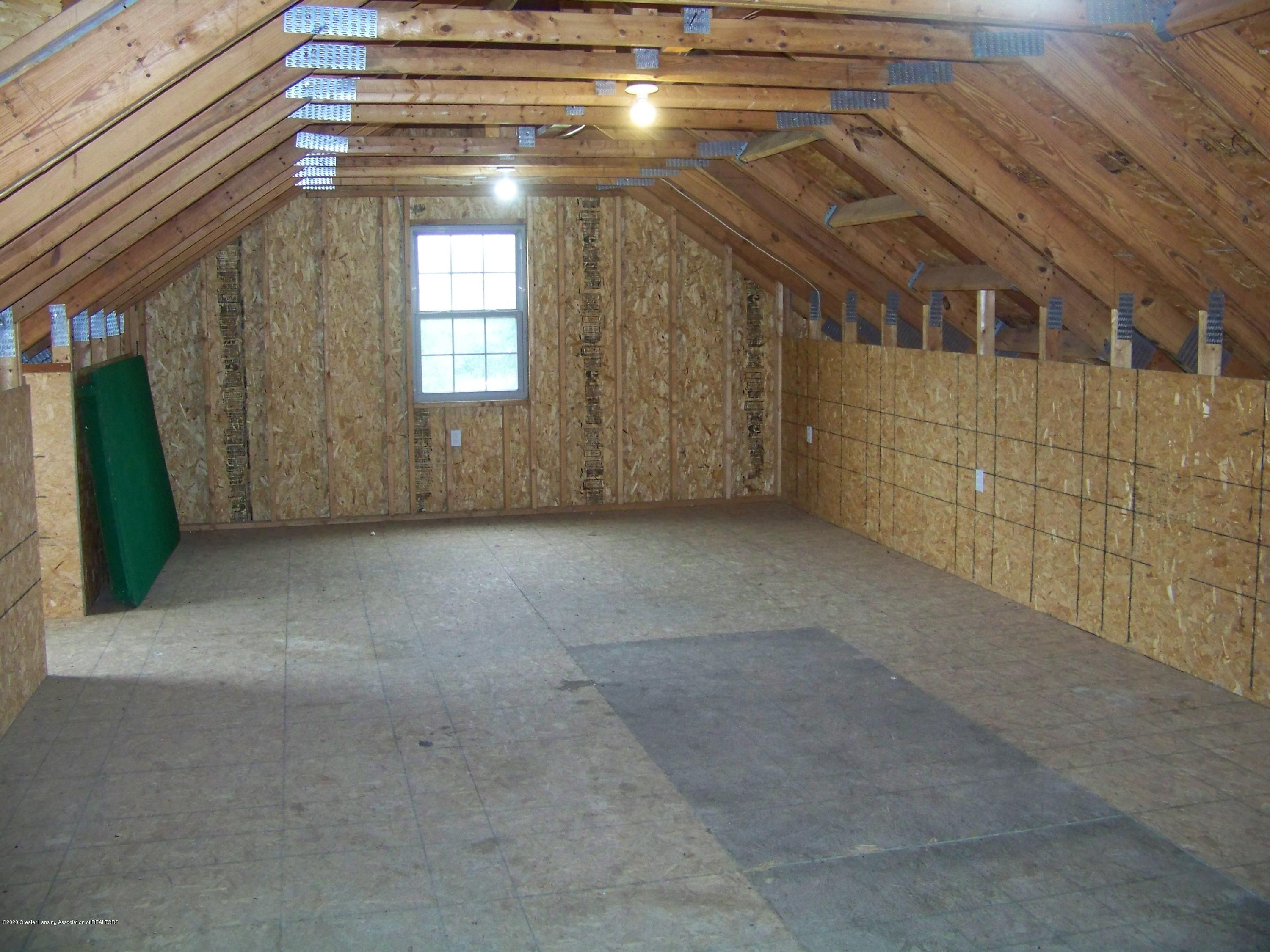 6199 Springport Rd - Upstairs Carriage House - 44