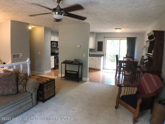 6676 Crestview Dr - Living Room 1.JPEG - 6
