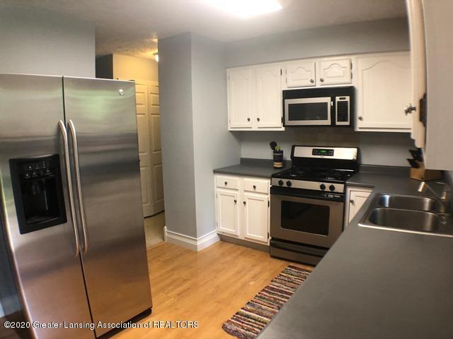 6676 Crestview Dr - Kitchen 3.JPEG - 9