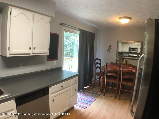 6676 Crestview Dr - Kitchen 5.JPEG - 10
