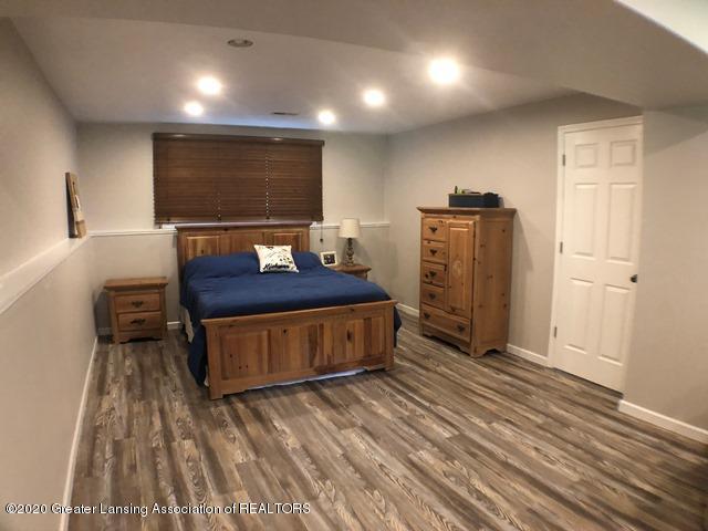 6676 Crestview Dr - Main Bedroom 1.JPEG - 15