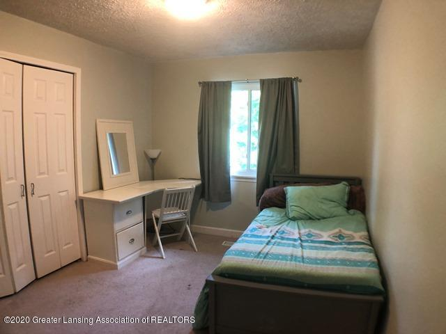 6676 Crestview Dr - Bedroom 3.2.JPEG - 21