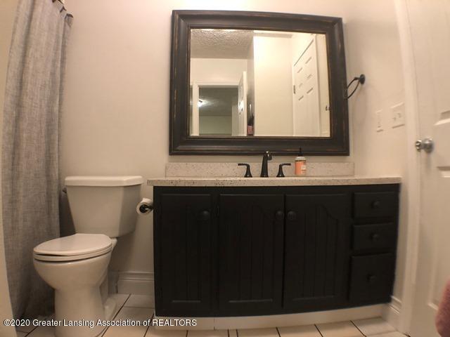 6676 Crestview Dr - Full Bath 1.JPEG - 24