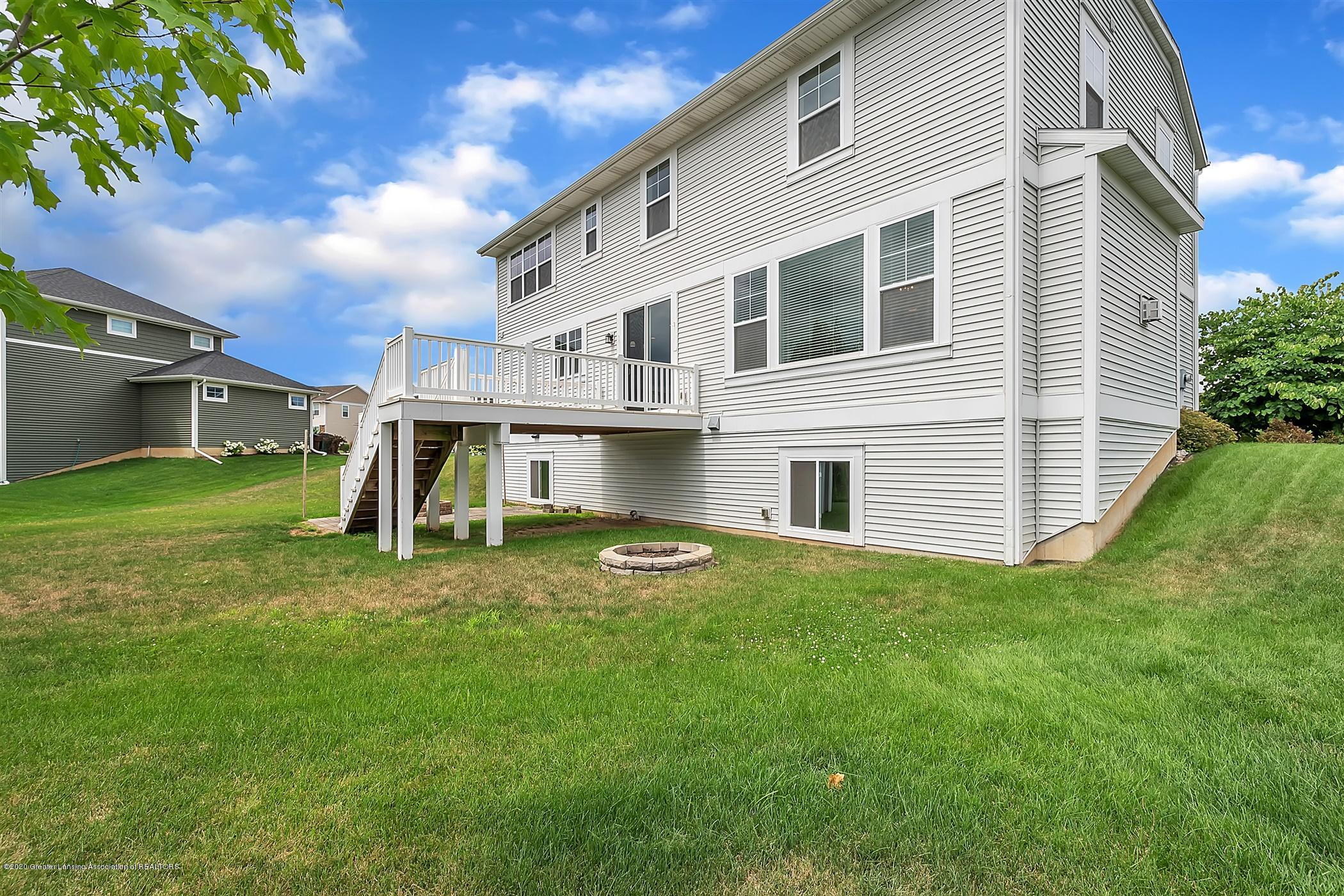 2715 Kittansett Dr - 51-2715-Kittansett-Dr-WindowStill-R - 52