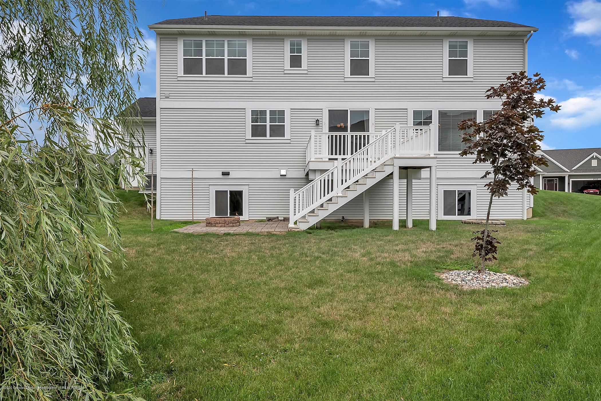 2715 Kittansett Dr - 52-2715-Kittansett-Dr-WindowStill-R - 53