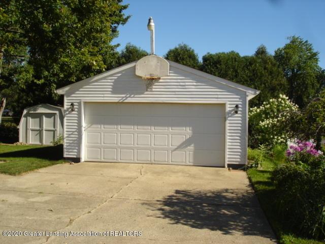 406 Giles St - Garage - 4