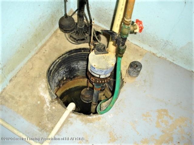 406 Giles St - sump pump - 25