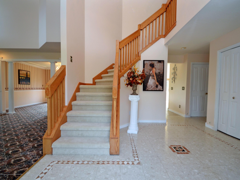 3536 Fairhills Dr - Stairs - 3
