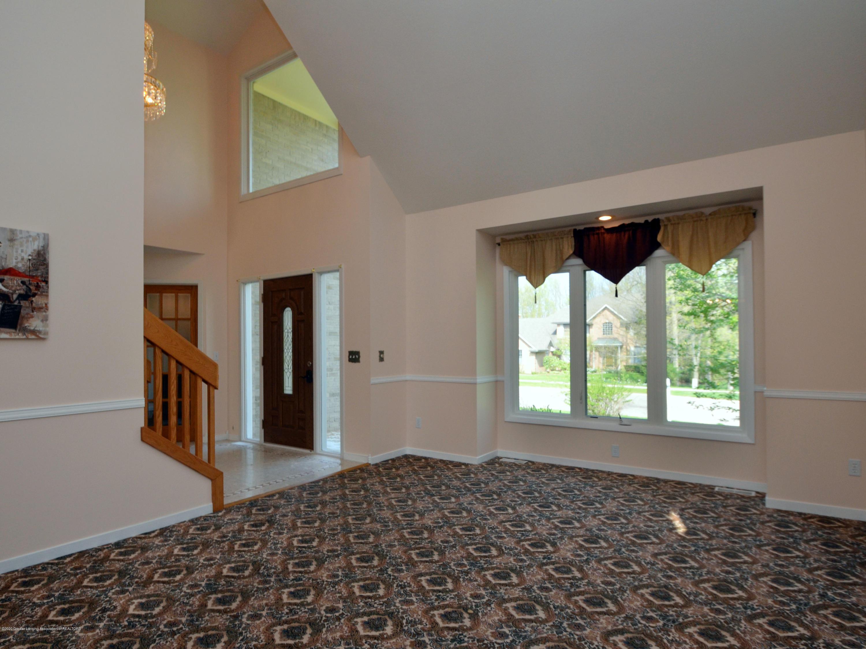 3536 Fairhills Dr - Living room - 4