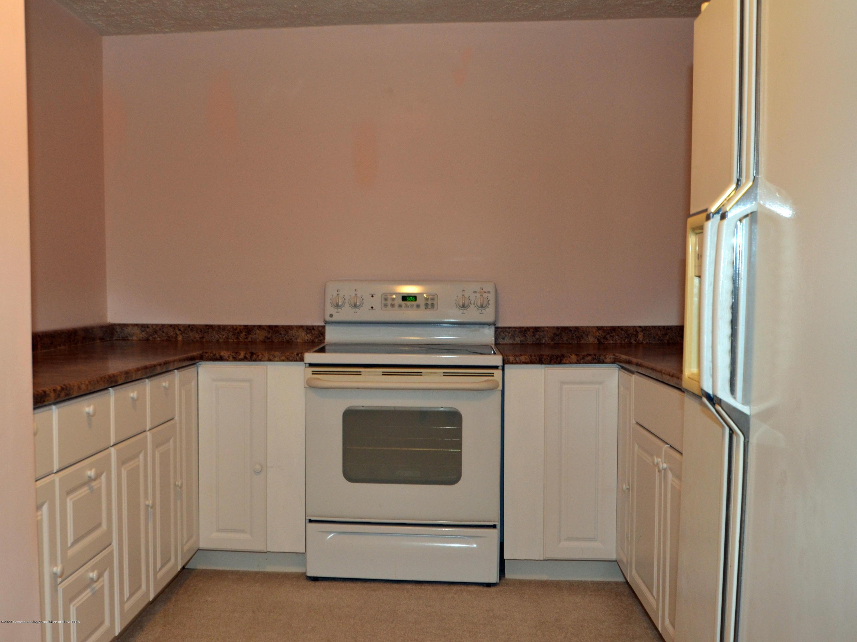 3536 Fairhills Dr - Basement kitchenatte - 24