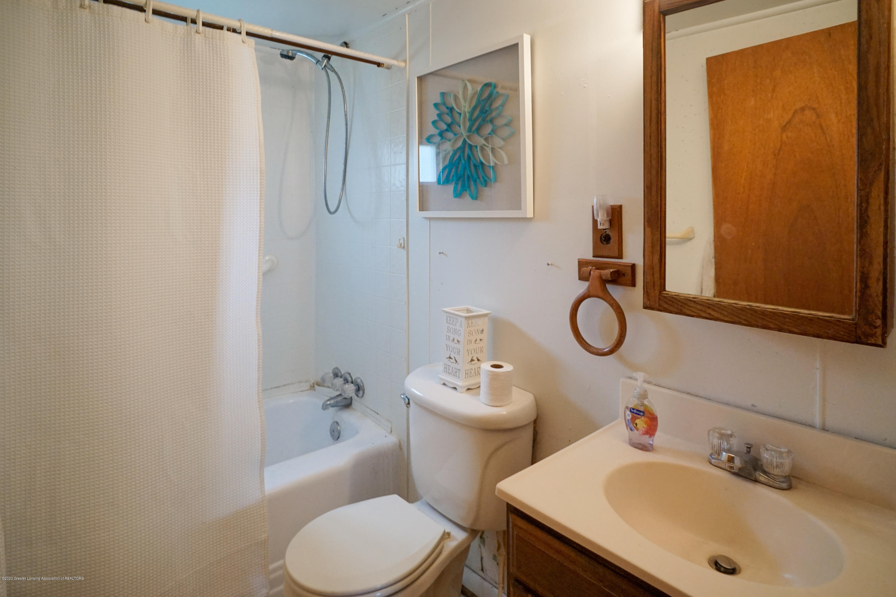 219 W 1st St - 218West1stStMLS-32 - 18