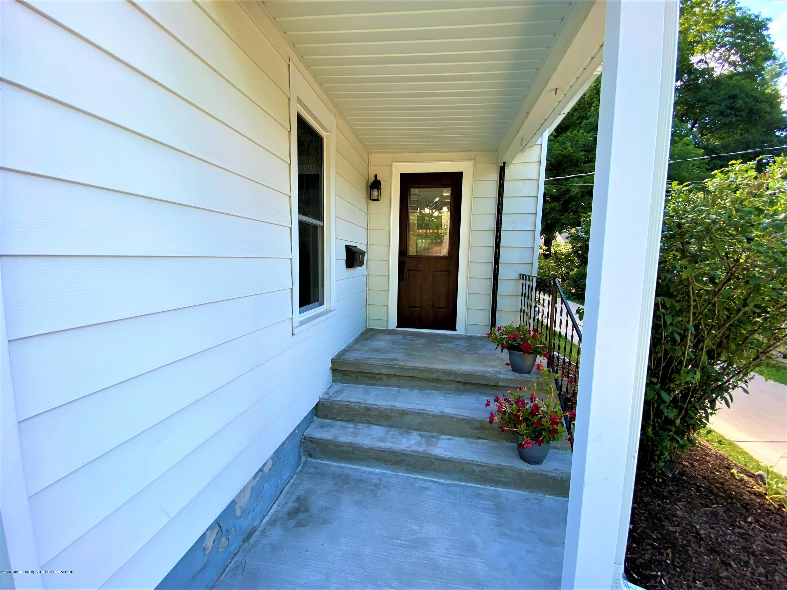 310 Spring St - 3 Front Porch - 3