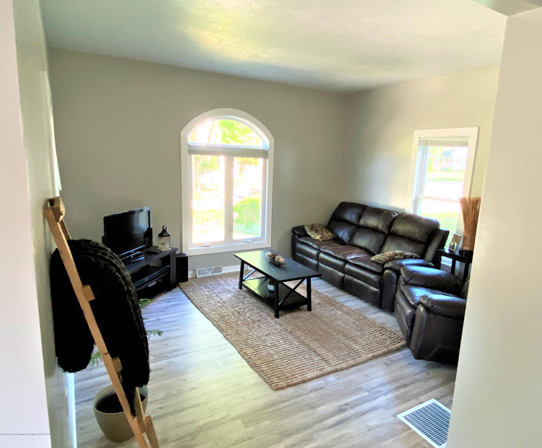 310 Spring St - 10 Living Room - 11