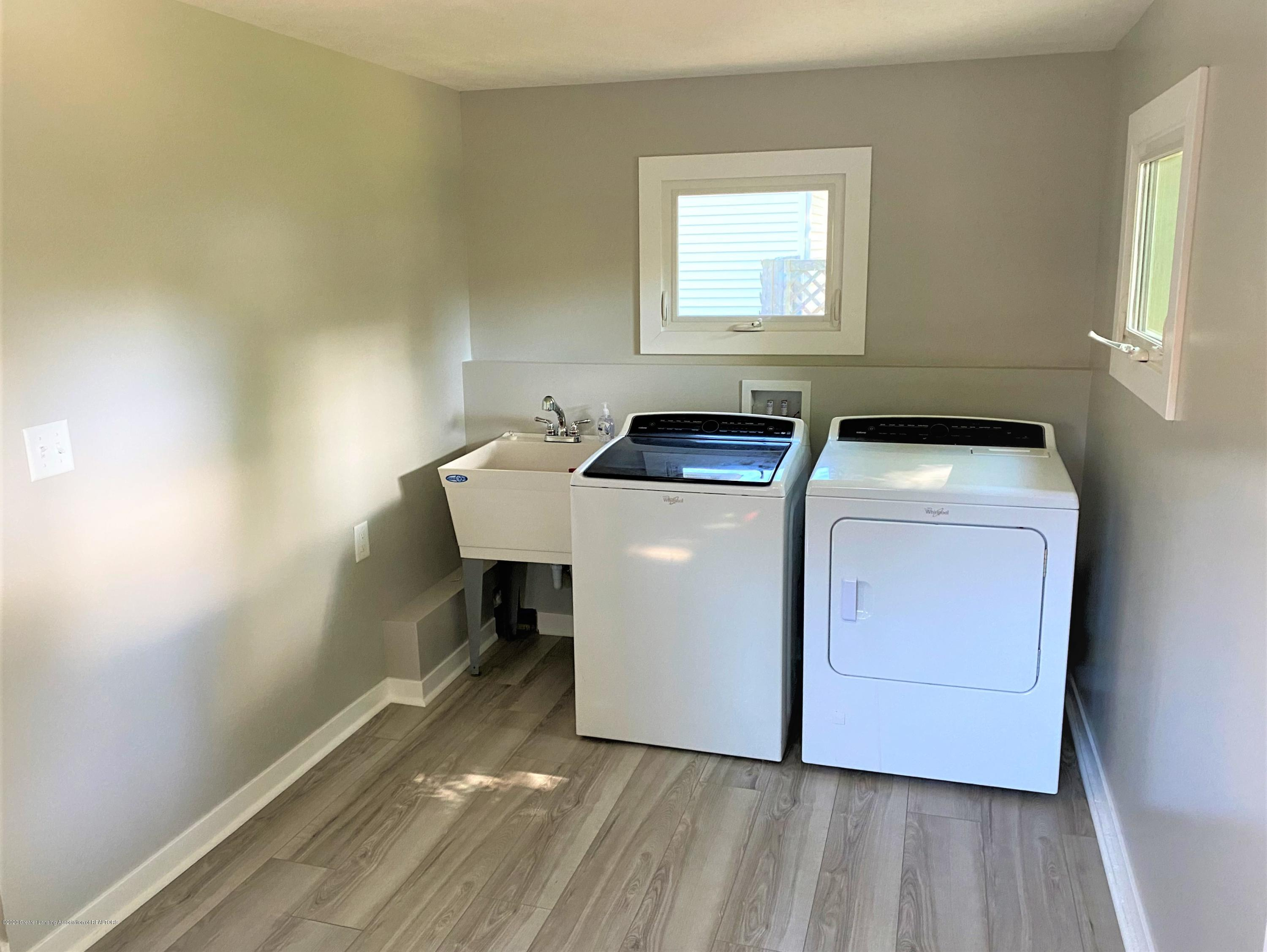 310 Spring St - 18 Laundry - 19
