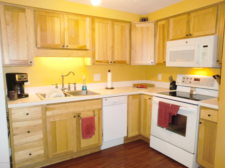 615 Glenmoor Rd 1a - Kitchen - 6