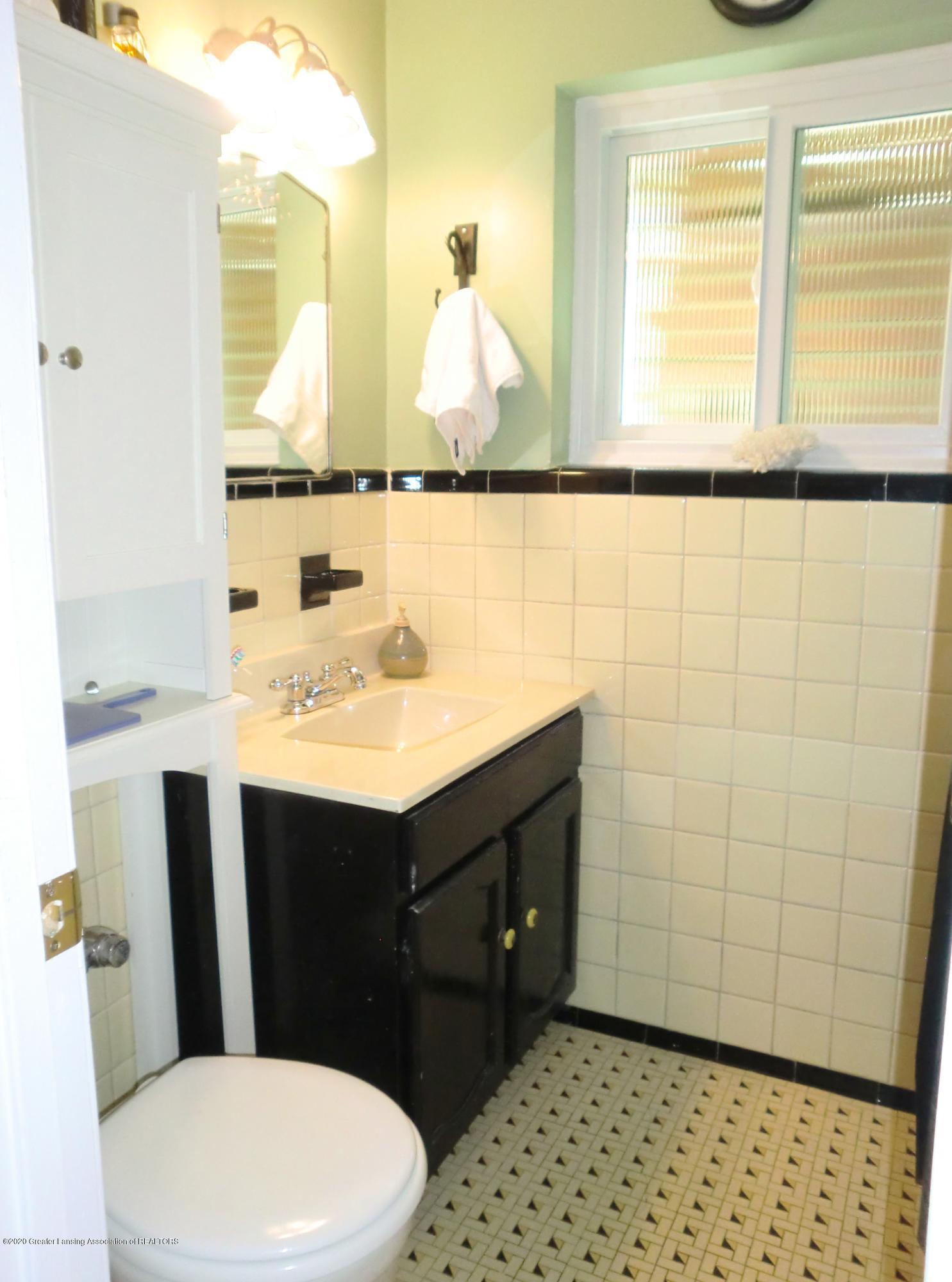 615 Glenmoor Rd 1a - Bathroom - 14