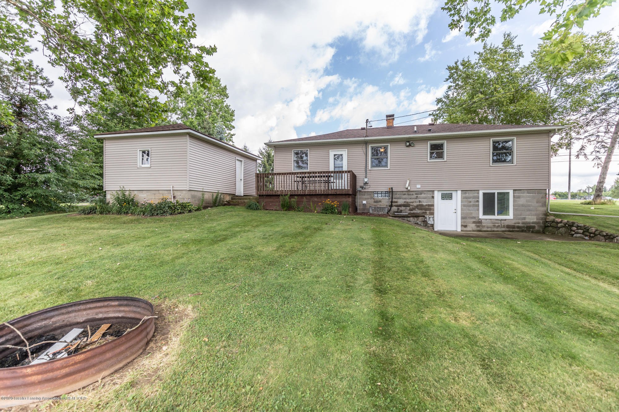 205 W Herbison Rd - Back view - 42