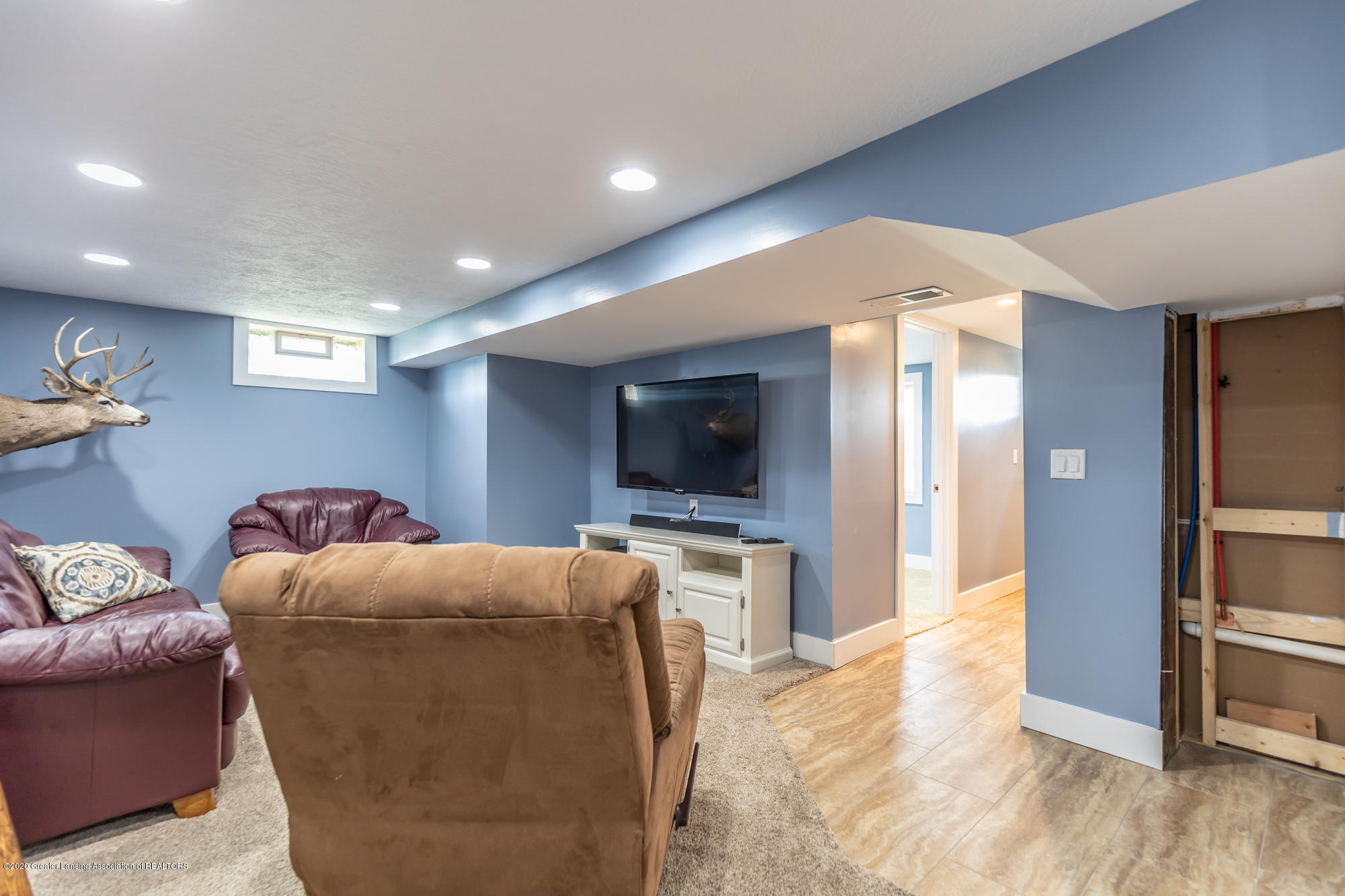 205 W Herbison Rd - Family Room - 22