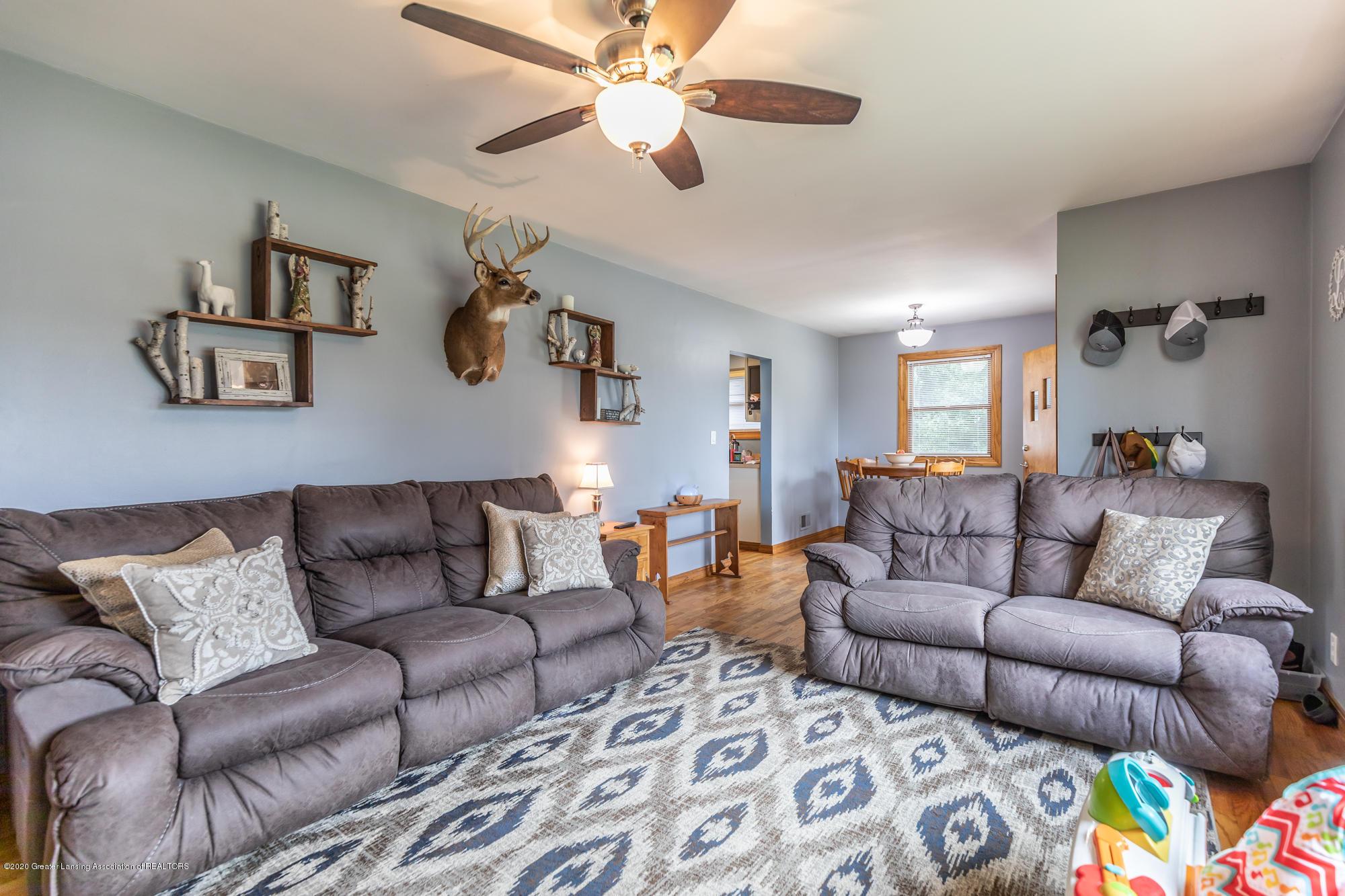 205 W Herbison Rd - Living Room - 6
